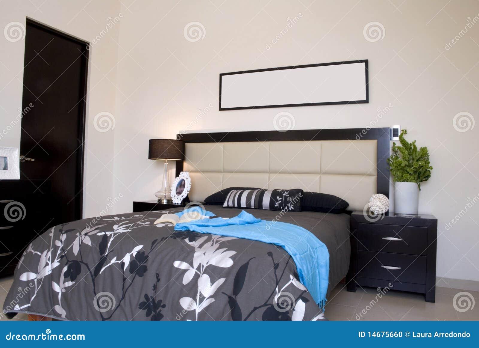 Chambre à coucher noire photo stock. Image du noir, sommeil - 14675660