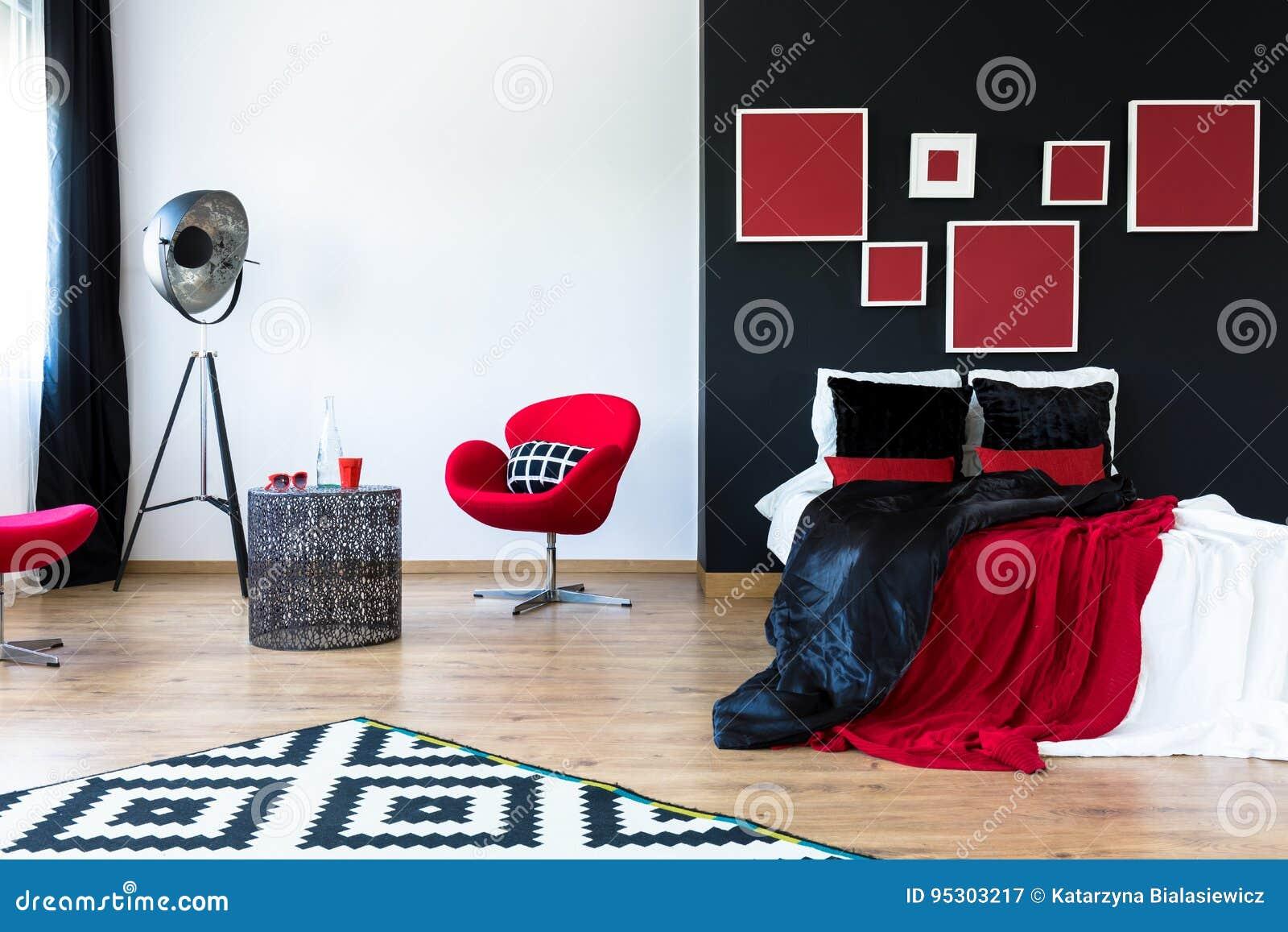 Chambre à Coucher Moderne Sophistiquée En Noir Et Rouge