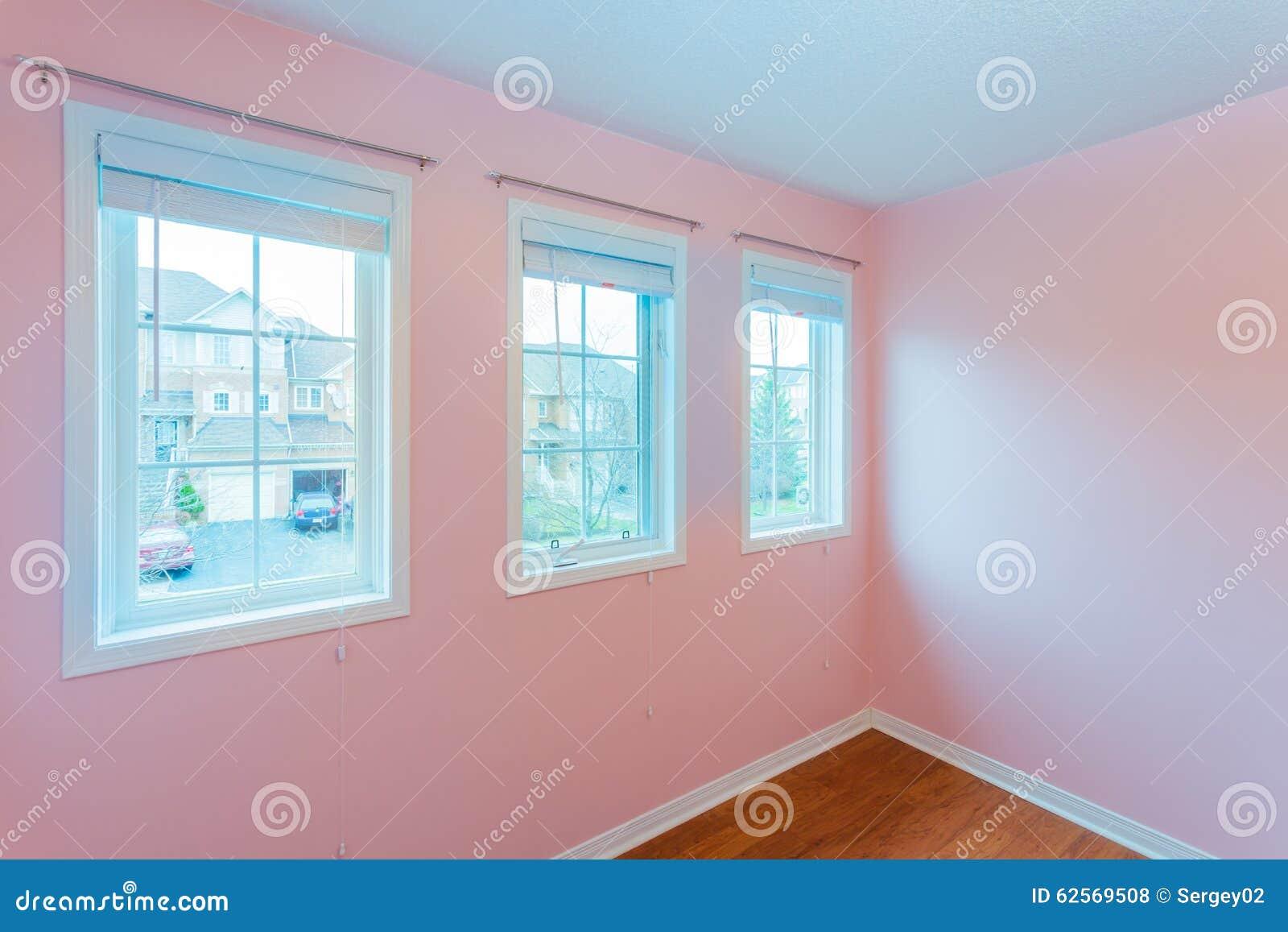 Couleur Chambre Coucher chambre à coucher vide dans la couleur rose photo stock - image du