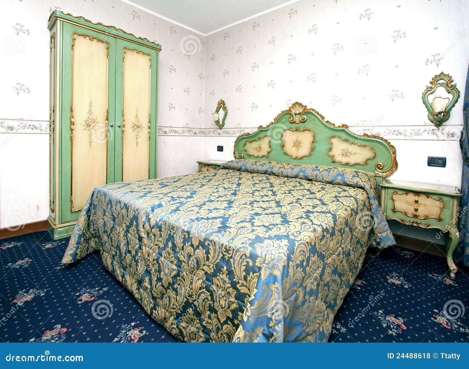 Chambre coucher baroque photos libres de droits image for Chambre a coucher baroque