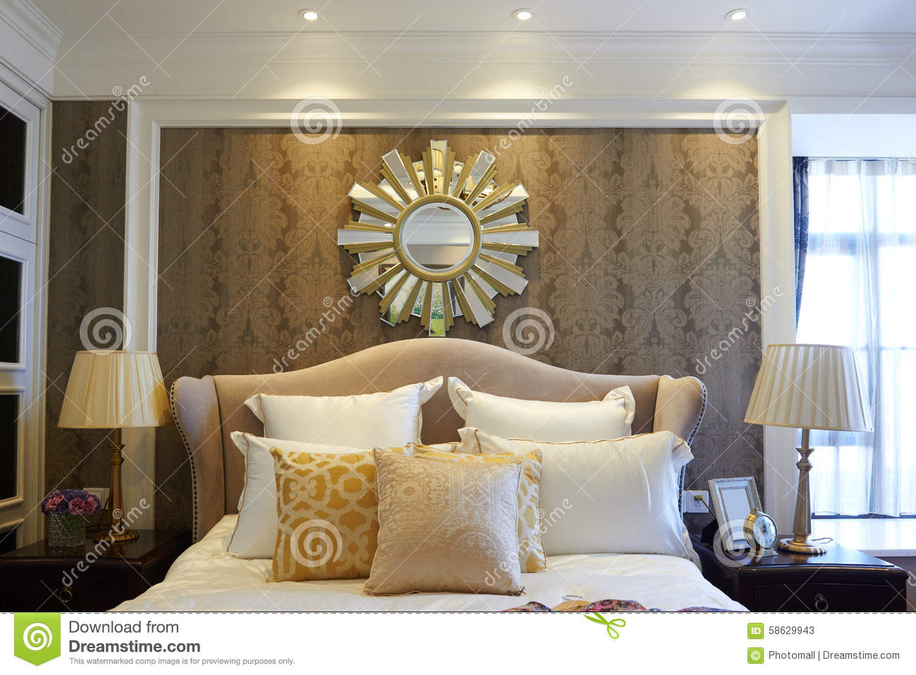 Chambre coucher d 39 h tel photo stock image 58629943 for Chambre a coucher hotel