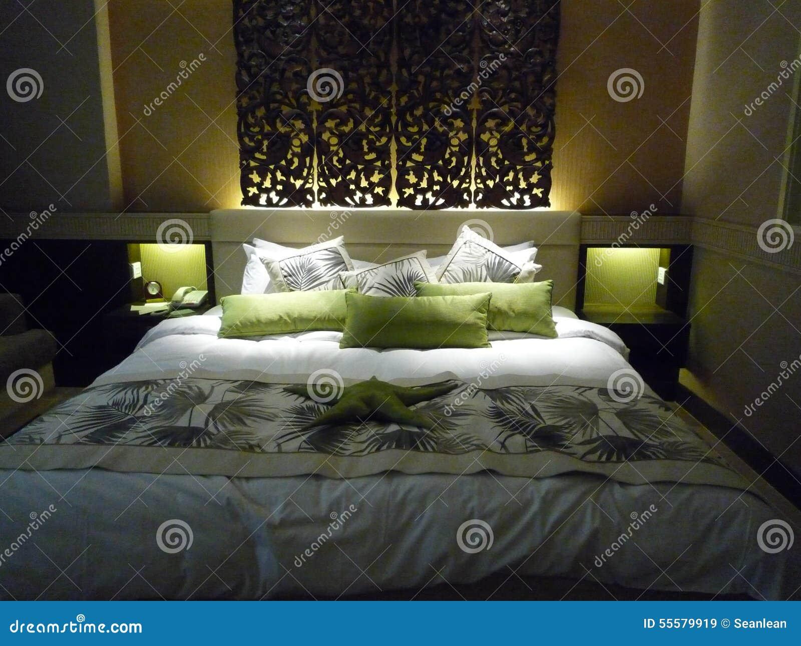 Chambre coucher de luxe d 39 h tel photo stock image for Chambre a coucher de luxe