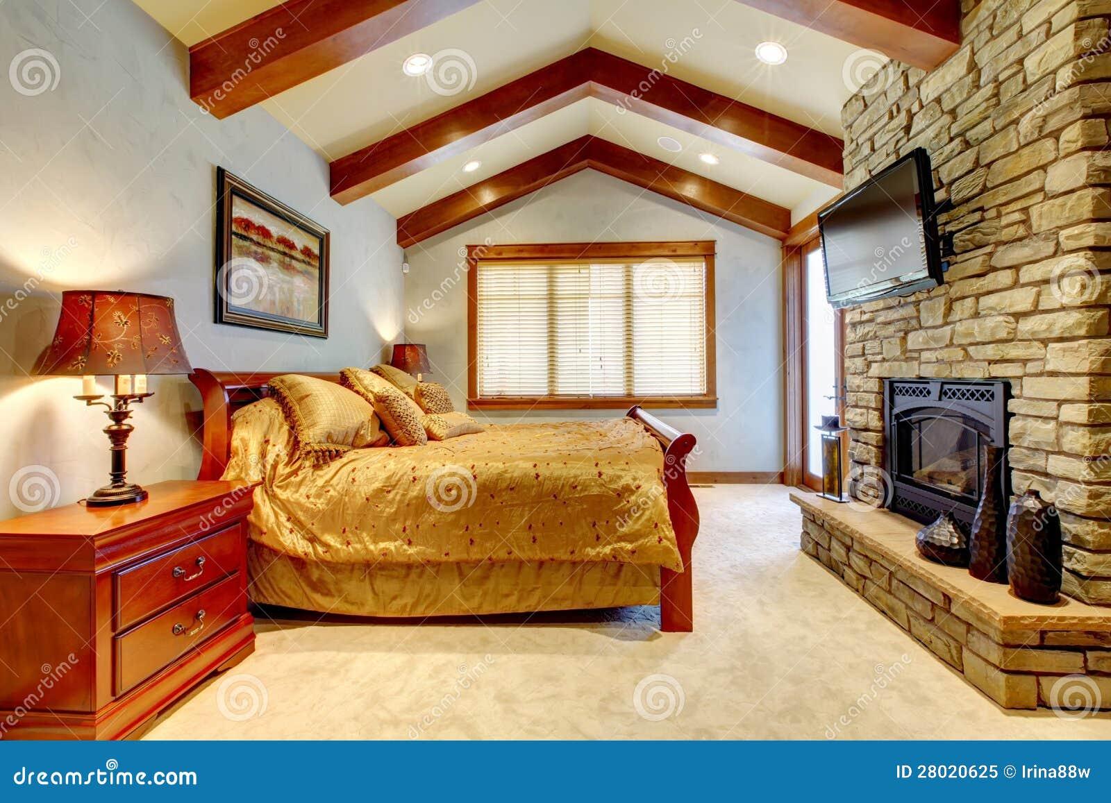 Chambre Coucher De Luxe De Maison De Montagne Photo
