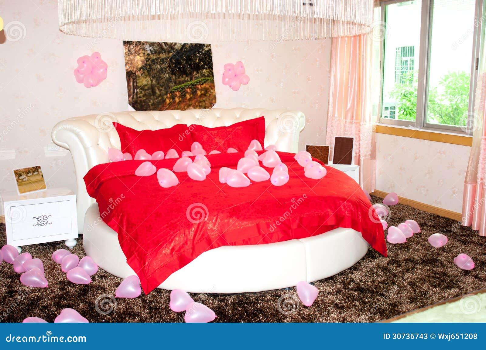 Chambre coucher de mariage photos stock image 30736743 - Les chambres a coucher ...
