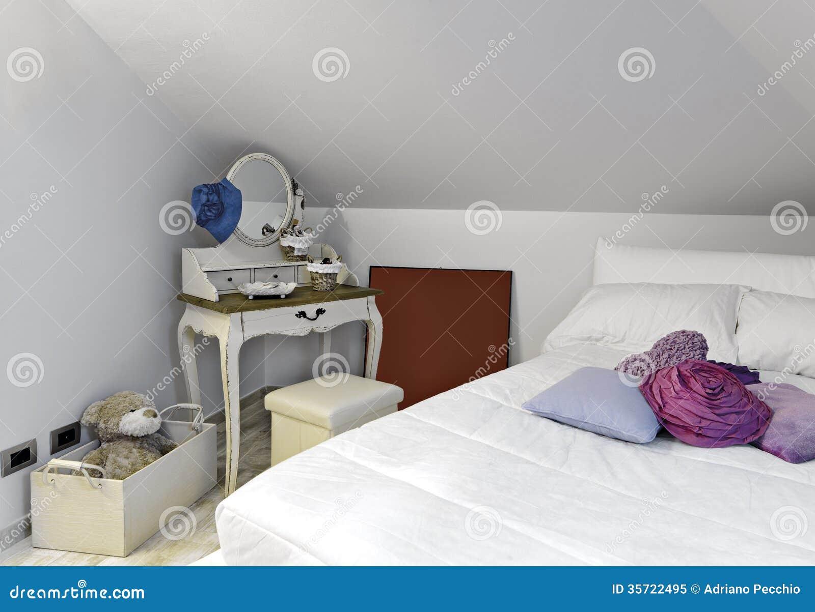 Chambre à Coucher Moderne Pour La Fille Photo libre de droits ...