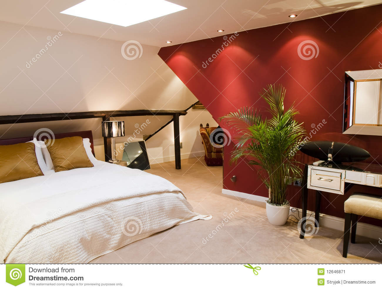 Chambre coucher moderne rouge image stock image 12646871 - Chambre a coucher moderne rouge ...
