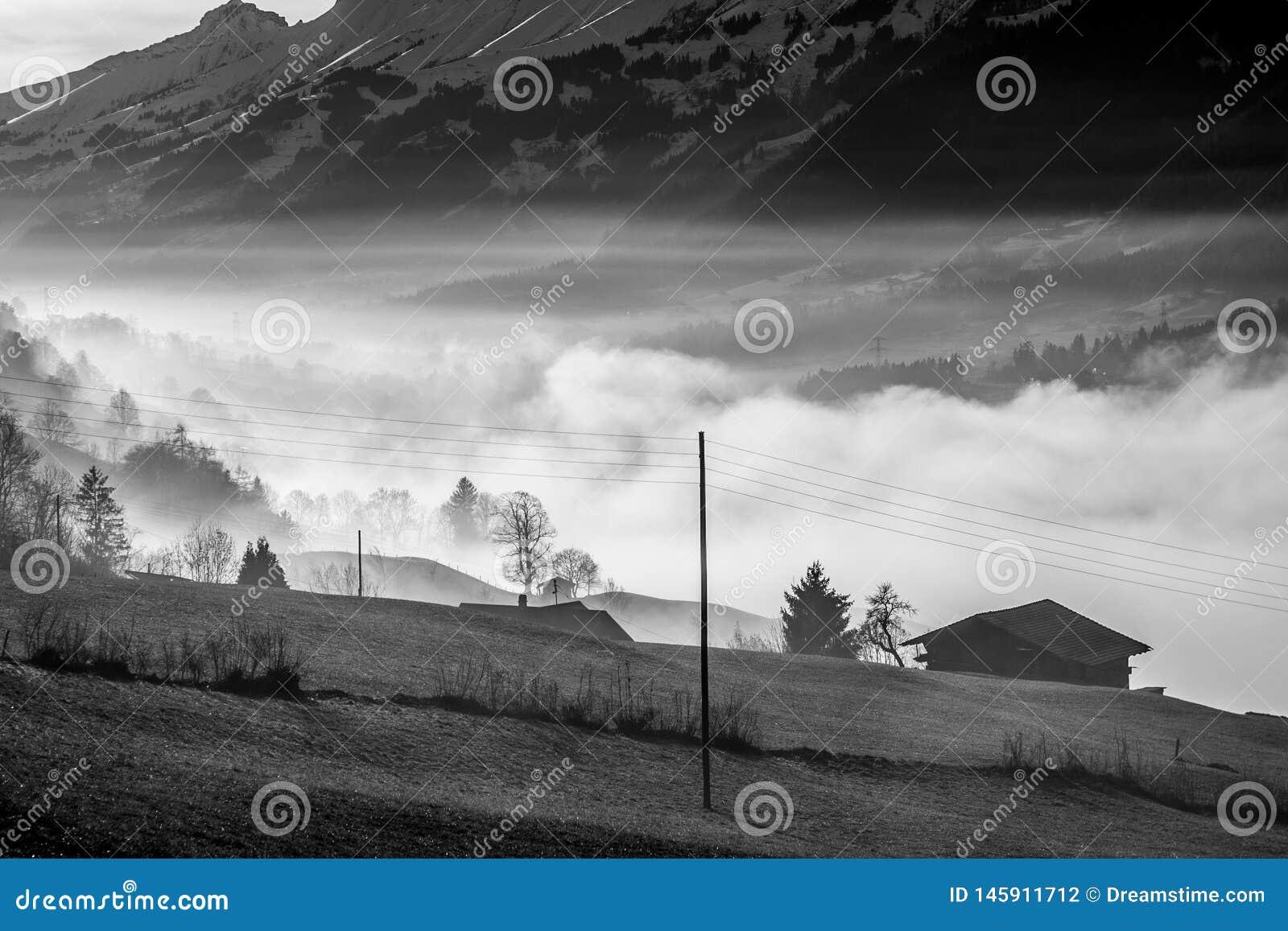 Chambre dans le brouillard - Suisse