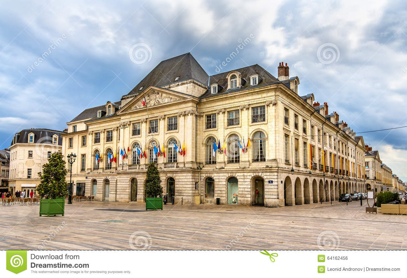 Chambre de commerce du loiret in orleans stock photo for Loiret orleans