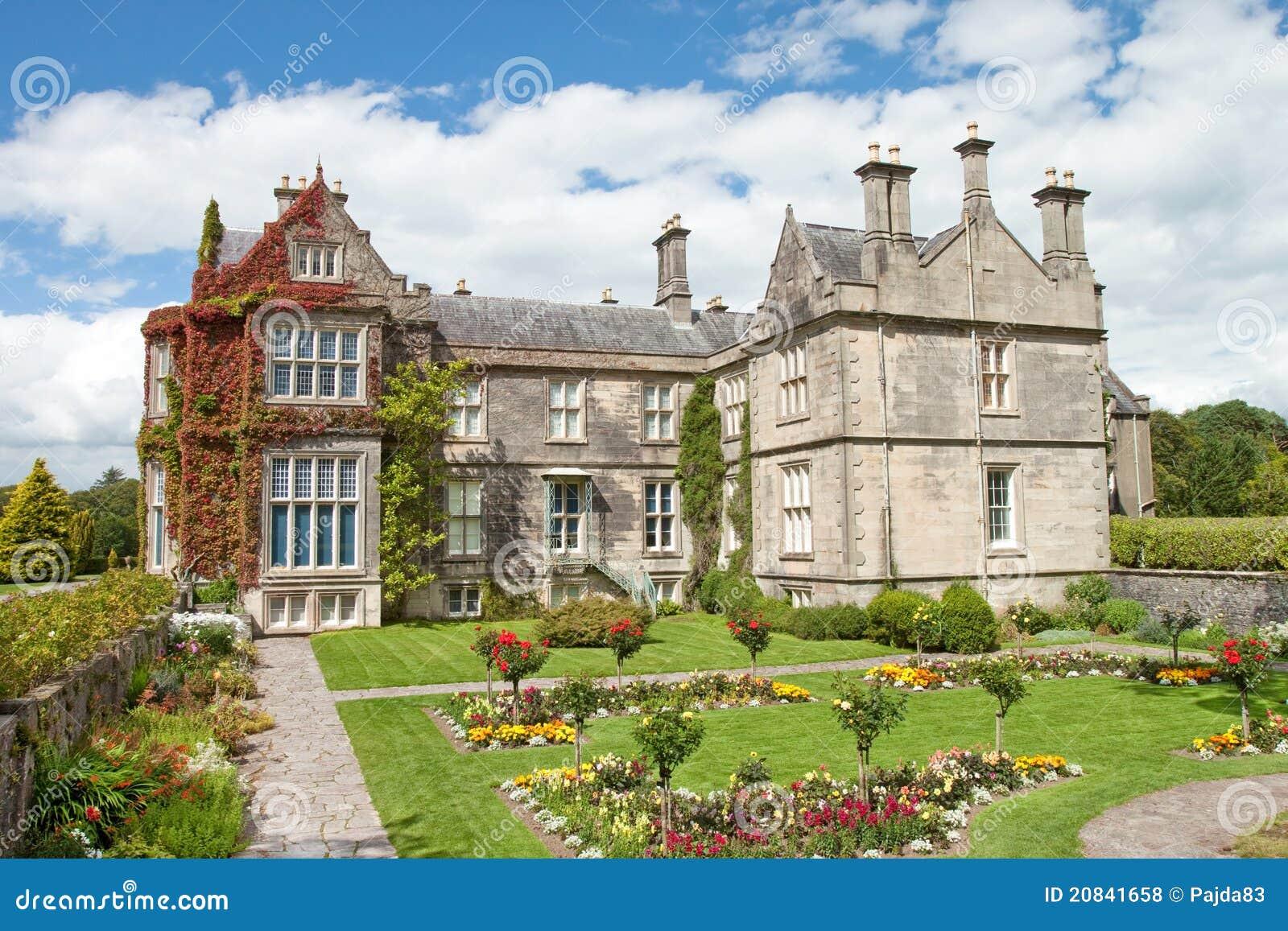 Tudor Cottage House Plans Chambre De Muckross Et Jardins Killarney En Irlande