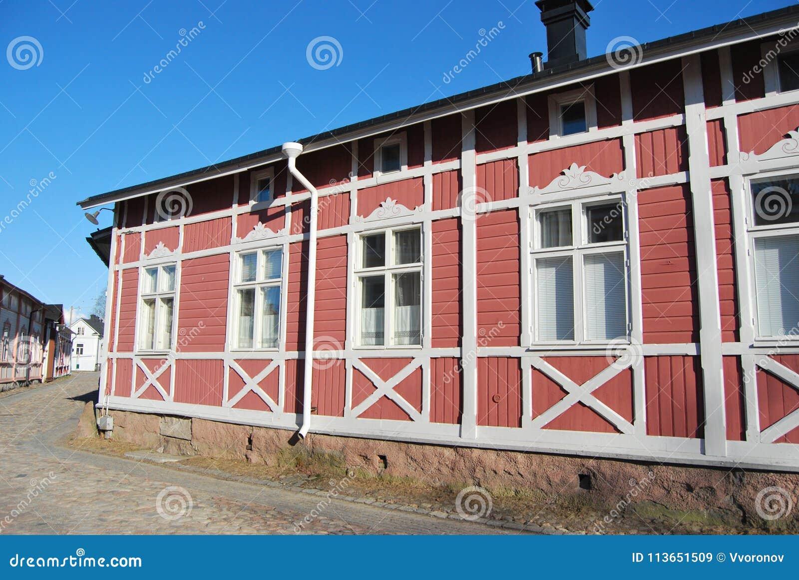 Chambre en bois rose image stock. Image du conception - 113651509
