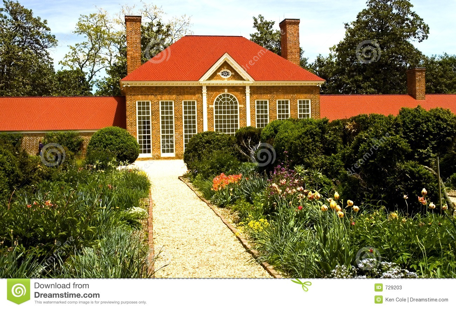 Chambre et jardin de fleur