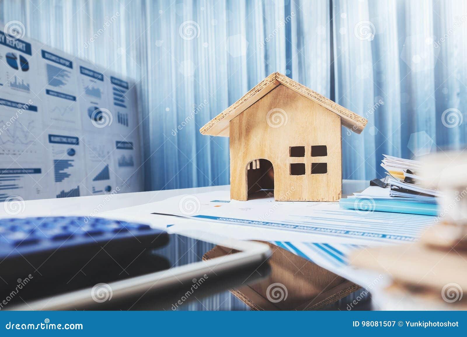 Chambre et propriété à vendre le concept jouet de maison en bois