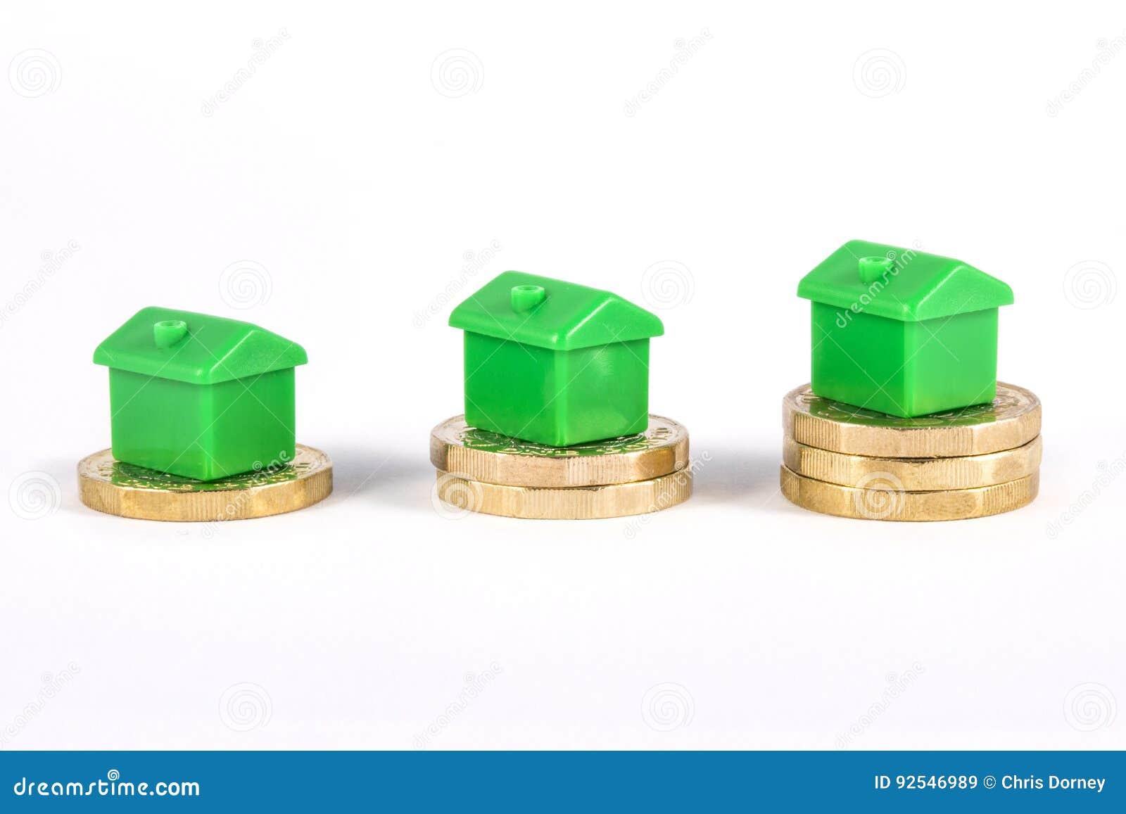 Chambres vertes se reposant sur des pièces de monnaie