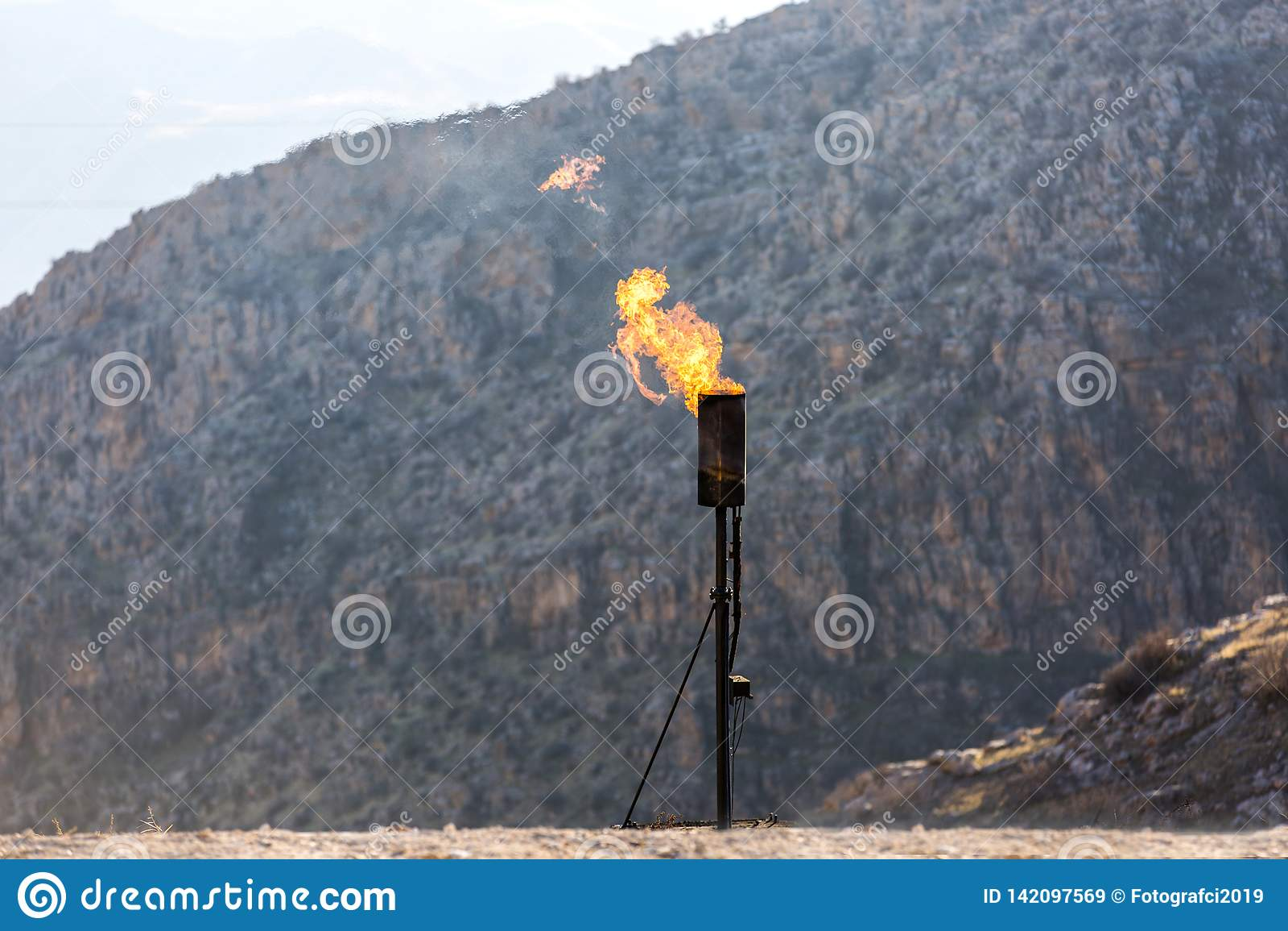 Chaminé de queimadura do gás