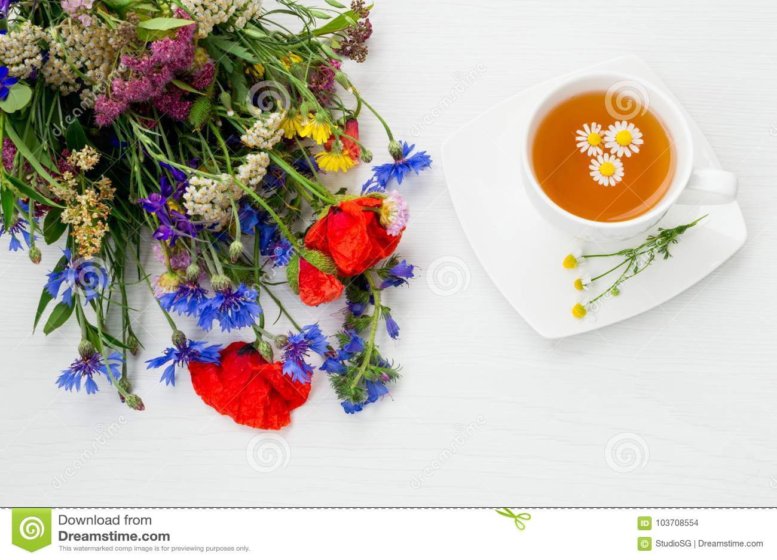 Chamomile Poppy Cornflower Yarrow And Other Beautiful Summer