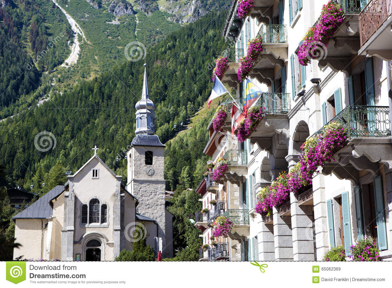 Assez Chamonix Mont Blanc Village Square, France Stock Photo - Image  GC11