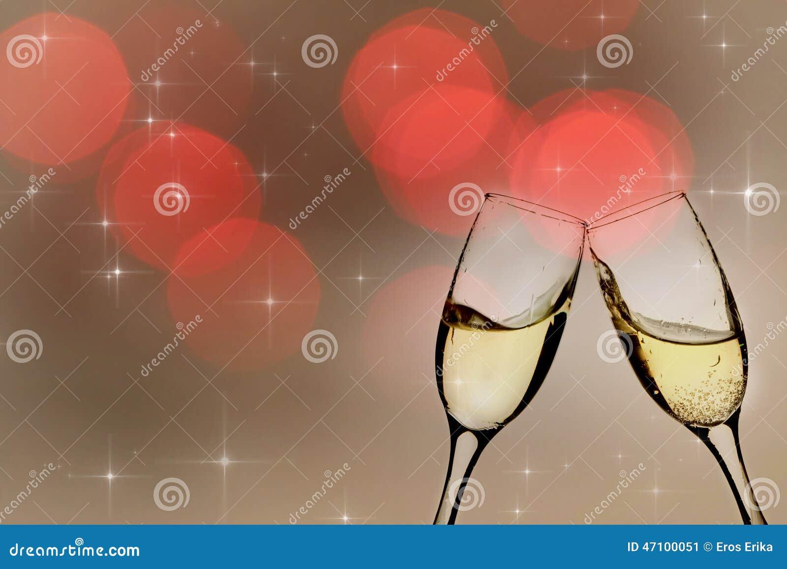 Champagne-Gläser gegen Lichterkette
