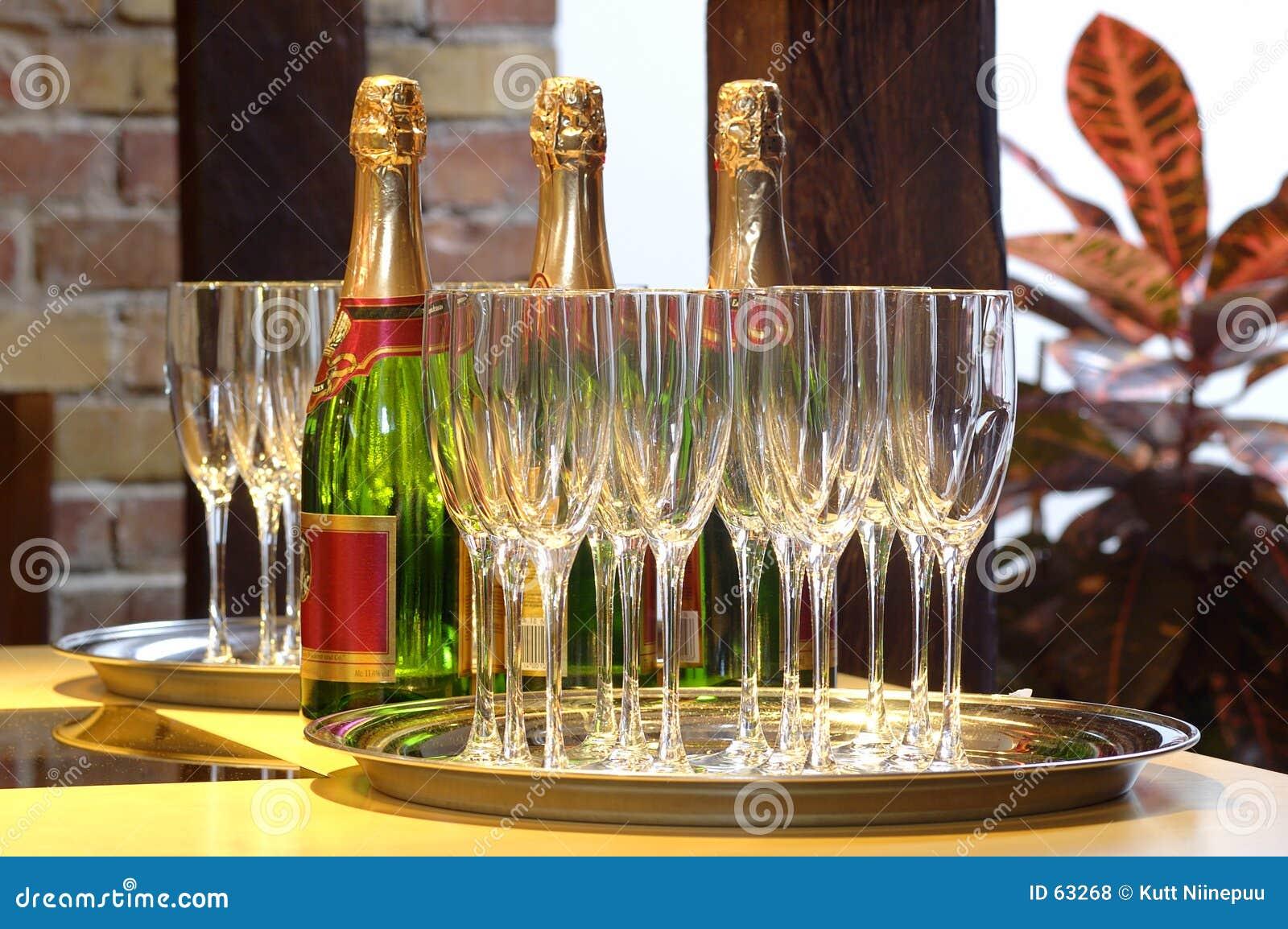 Champagne per tre