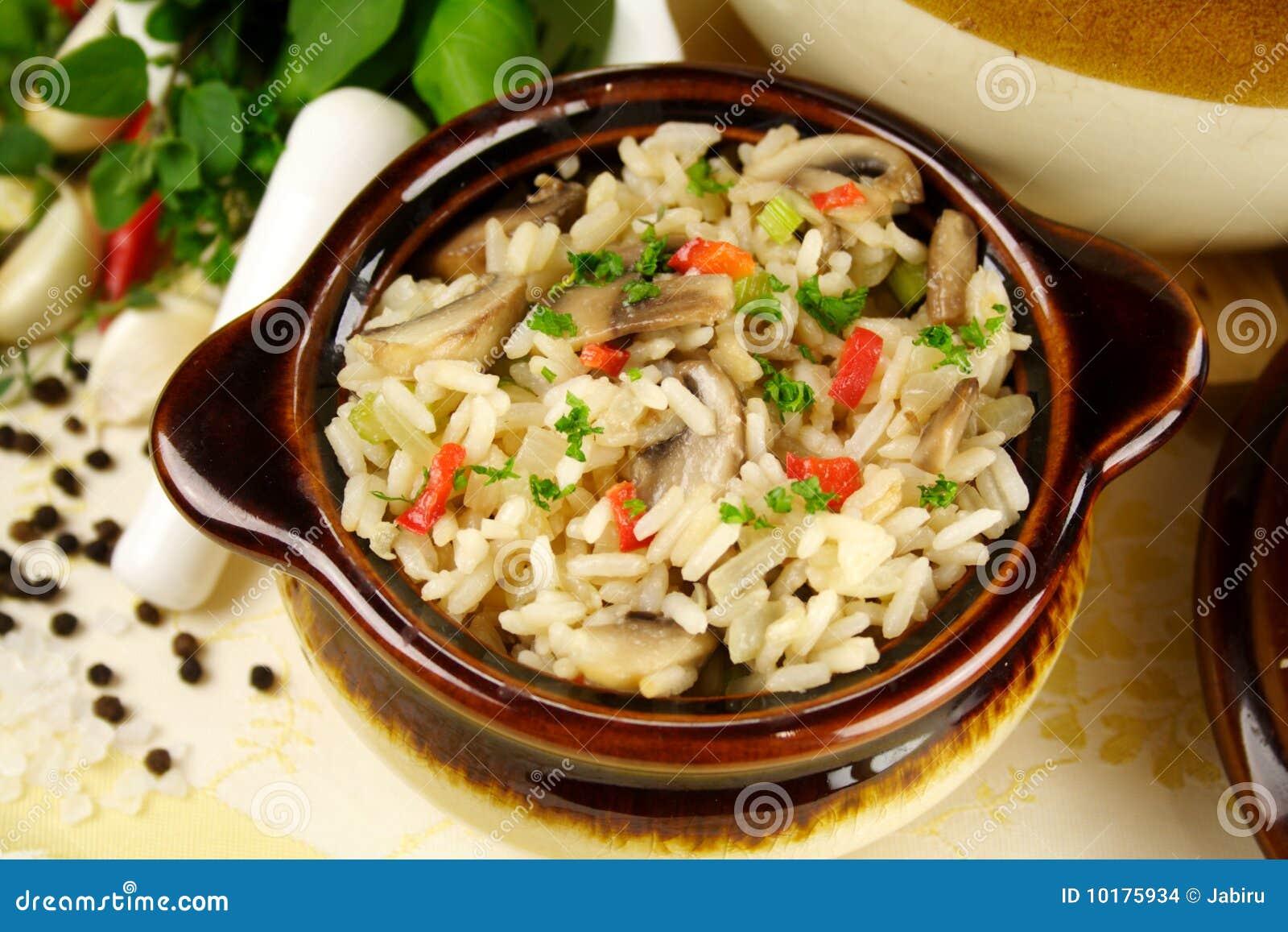 Champignons de couche et riz