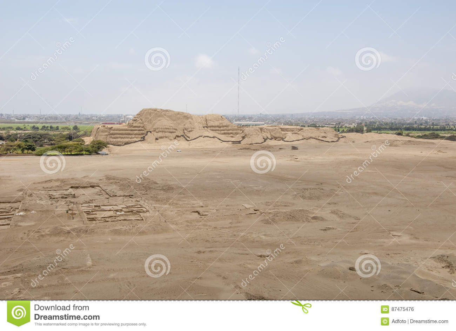 Chan Chan Archeological Site i Trujillo - Salaverry Peru