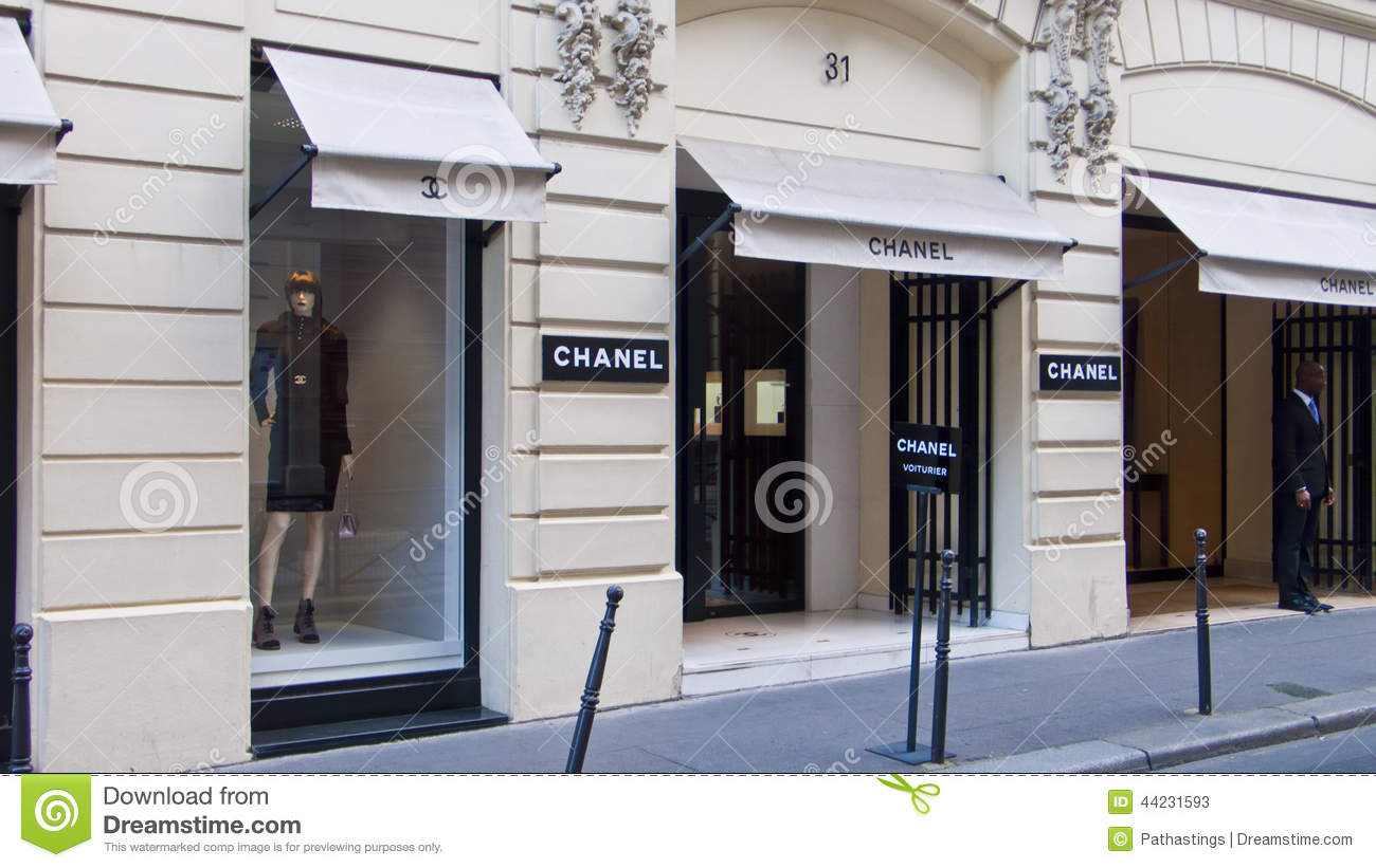 Chanel boutique at rue cambon paris france editorial for Chanel locations in paris