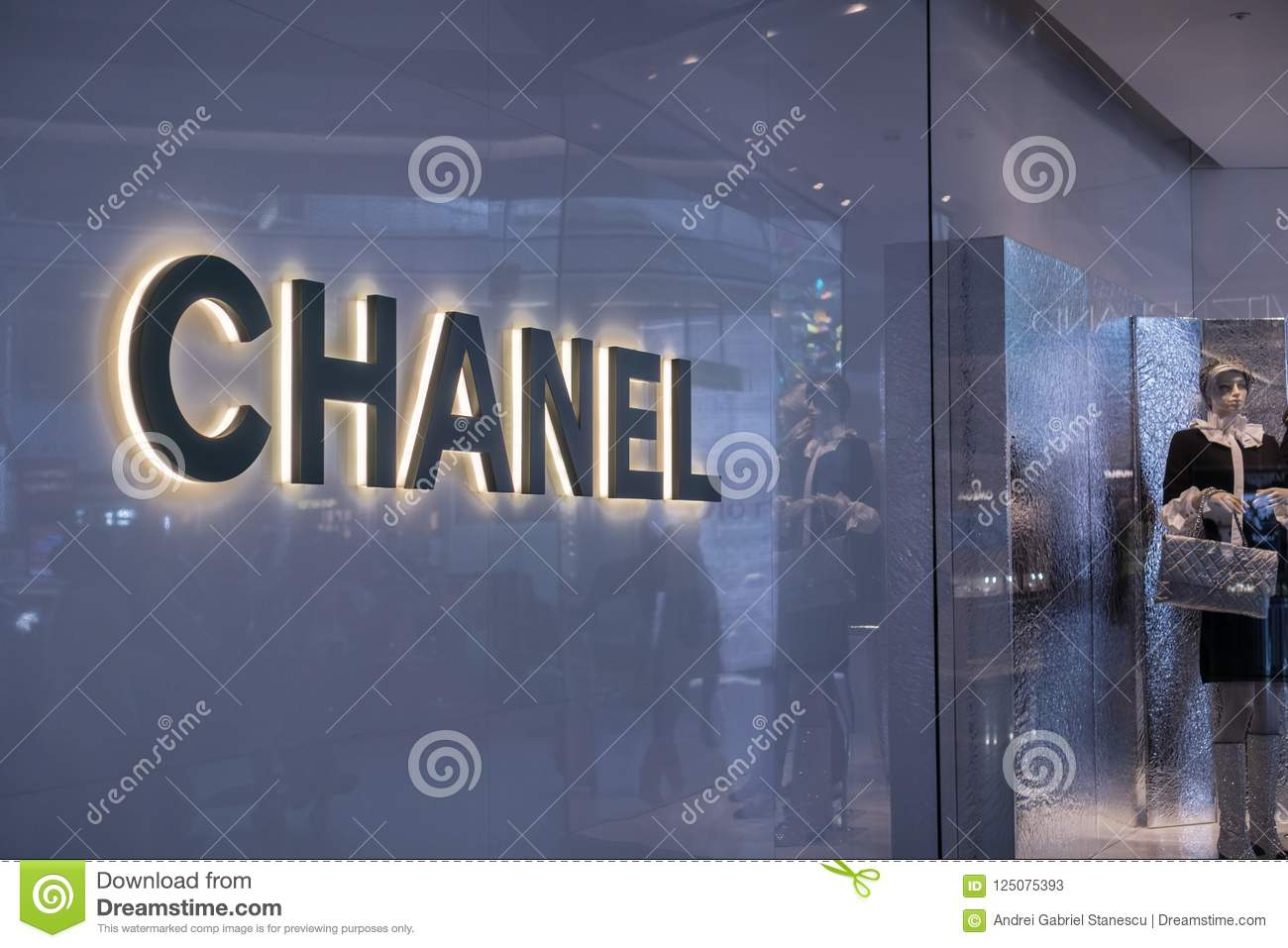 1089f0a4 Chanel logo editorial stock photo. Image of britain - 125075393