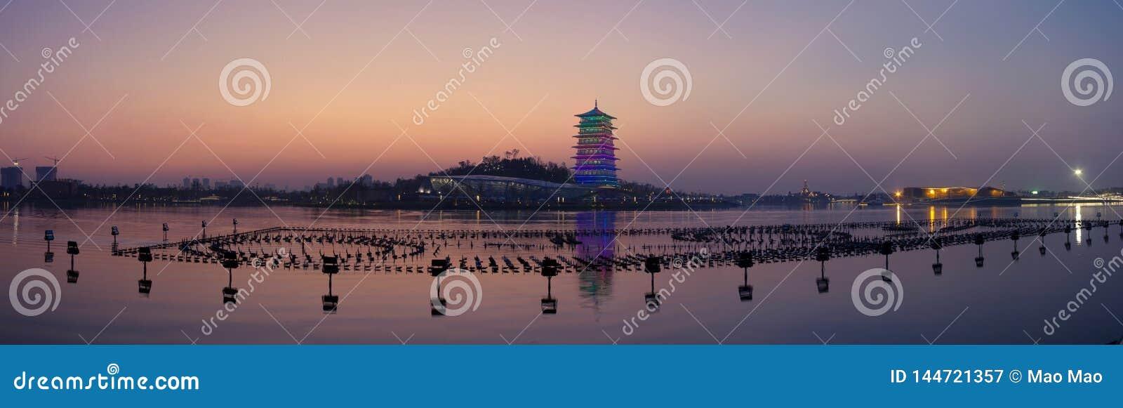 Changan wierza przy nocą, nowy punkt zwrotny XI. «, Shaanxi, porcelana