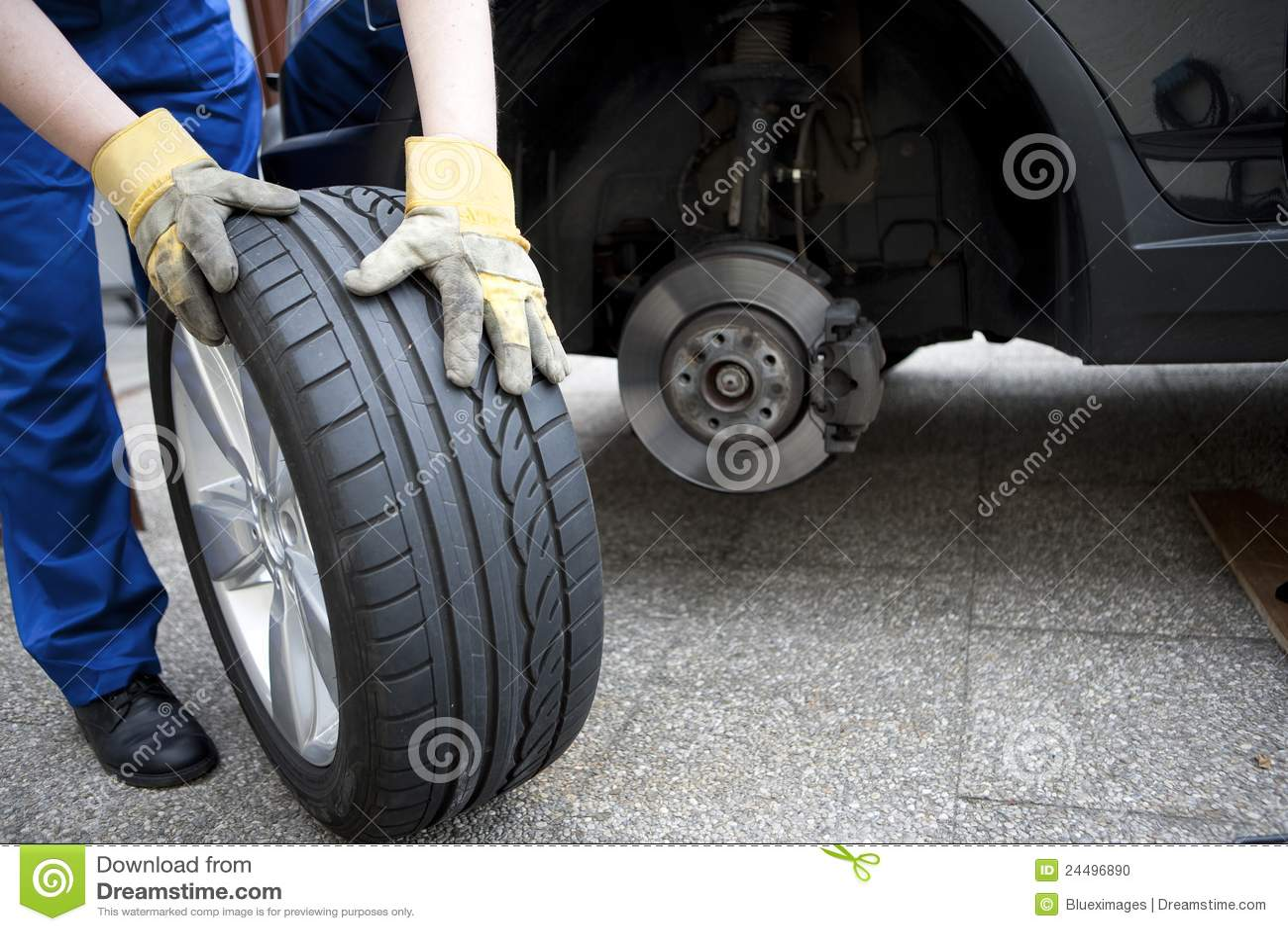 Change Of Tyres Stock Photo Image Of Garage Snow