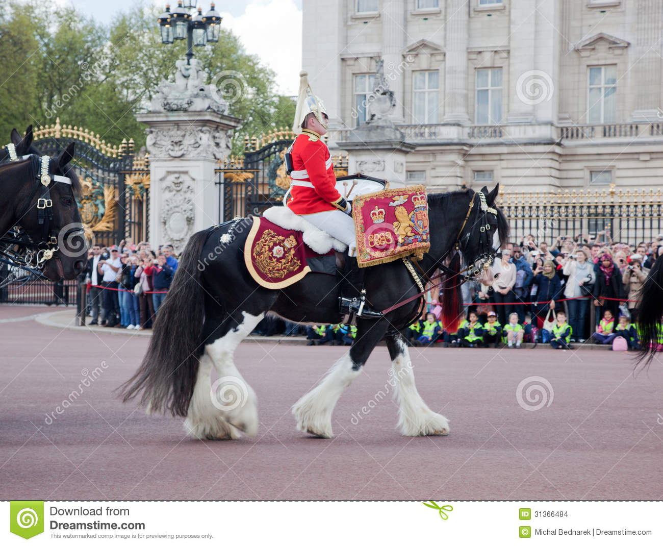 Changing Of The Guard In Buckingham Palace Editorial Stock ...  Changing Of The...