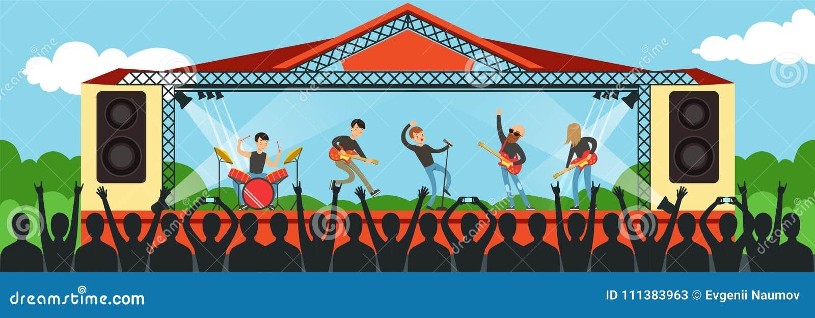 Chanson de chant de bande de garçons sur l exécution d étape vivante devant la grande assistance de concert extérieure, représent
