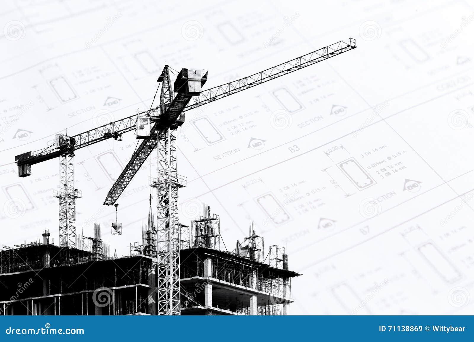 Chantier de construction avec des grues sur la silhouette for Chantiers de construction