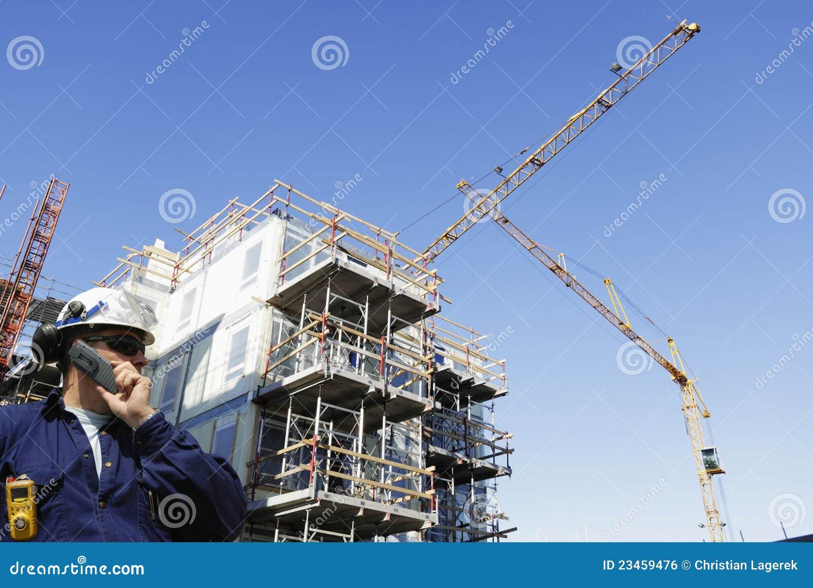 Chantier de construction avec des ouvriers photo stock for Chantiers de construction