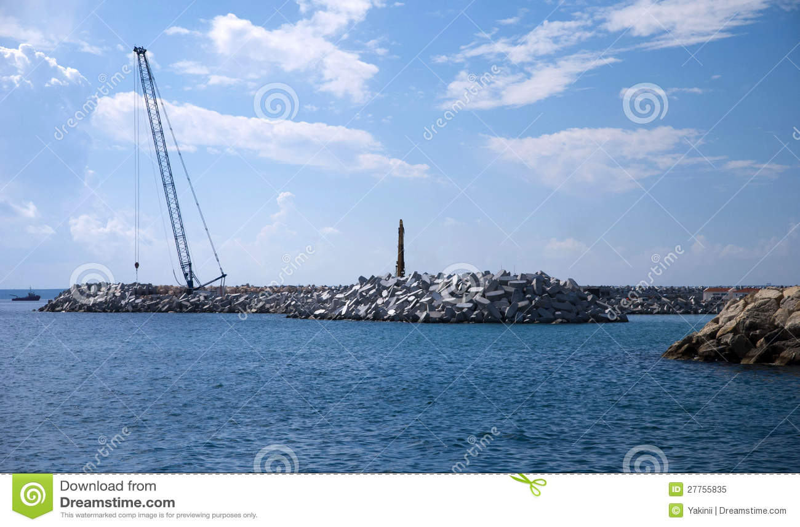 Chantier de construction d un port neuf