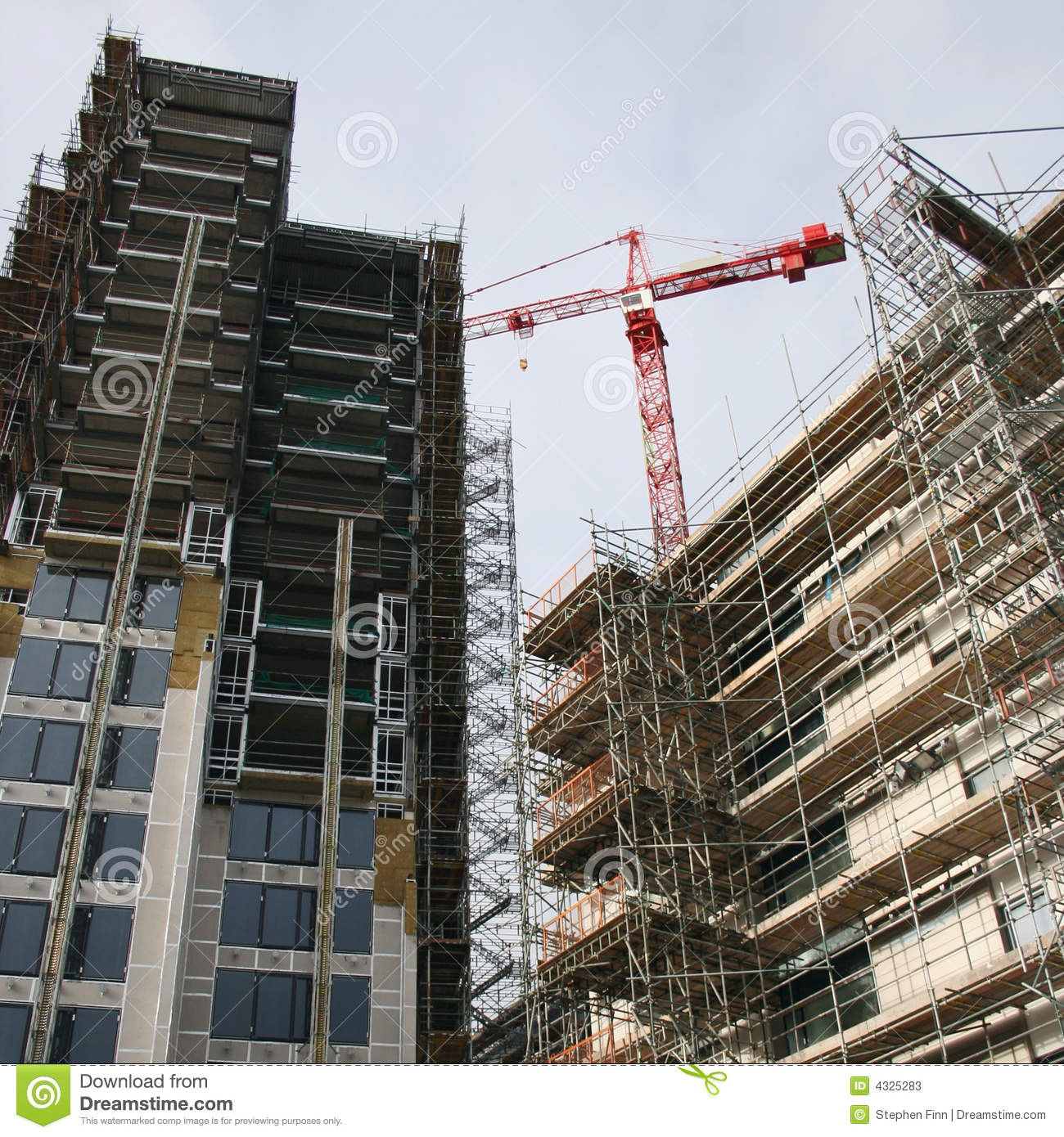 Chantier de construction de gratte ciel photos stock image 4325283 - Construction gratte ciel ...