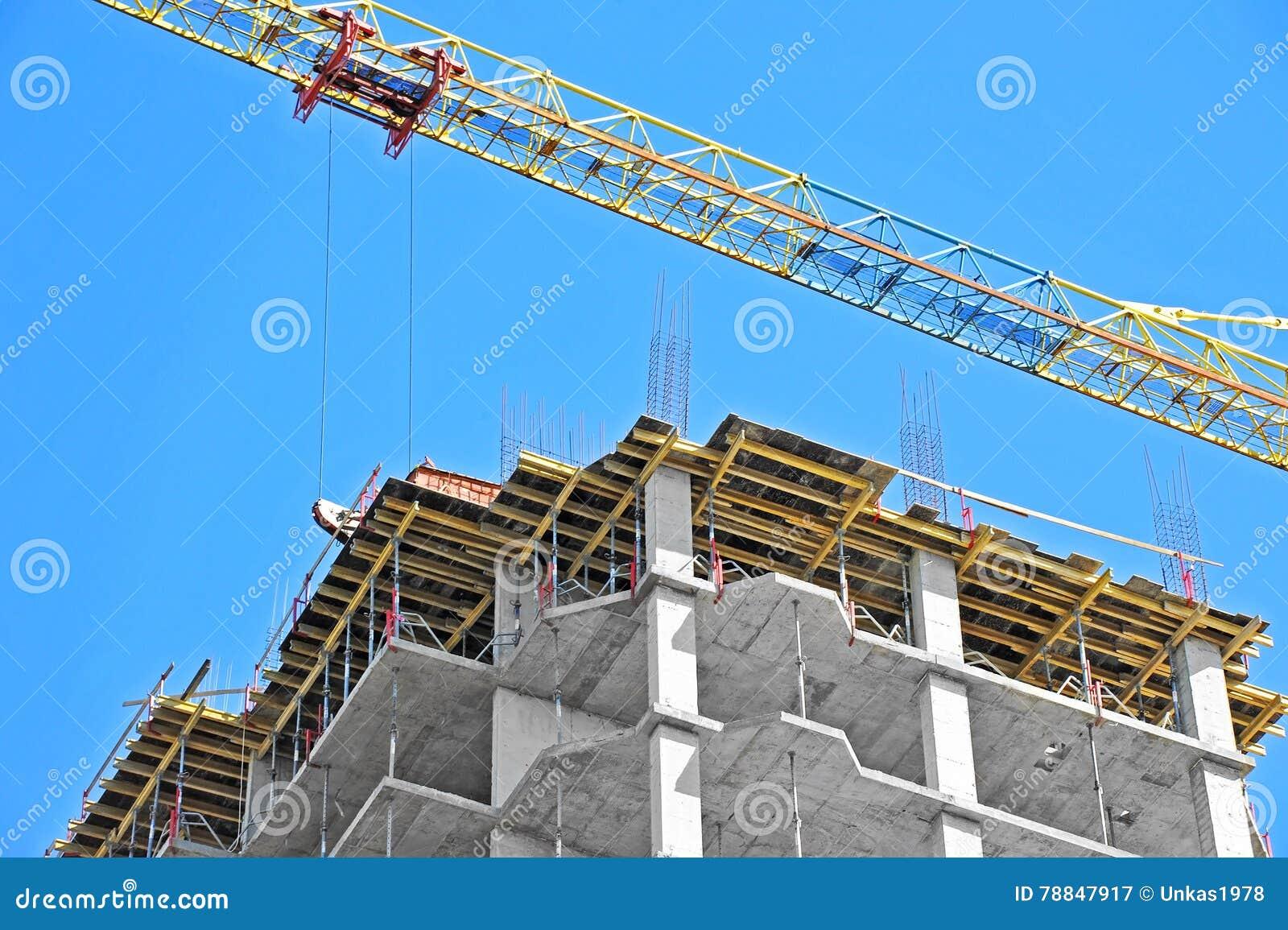 Chantier de construction de grue et de highrise photo for Chantiers de construction