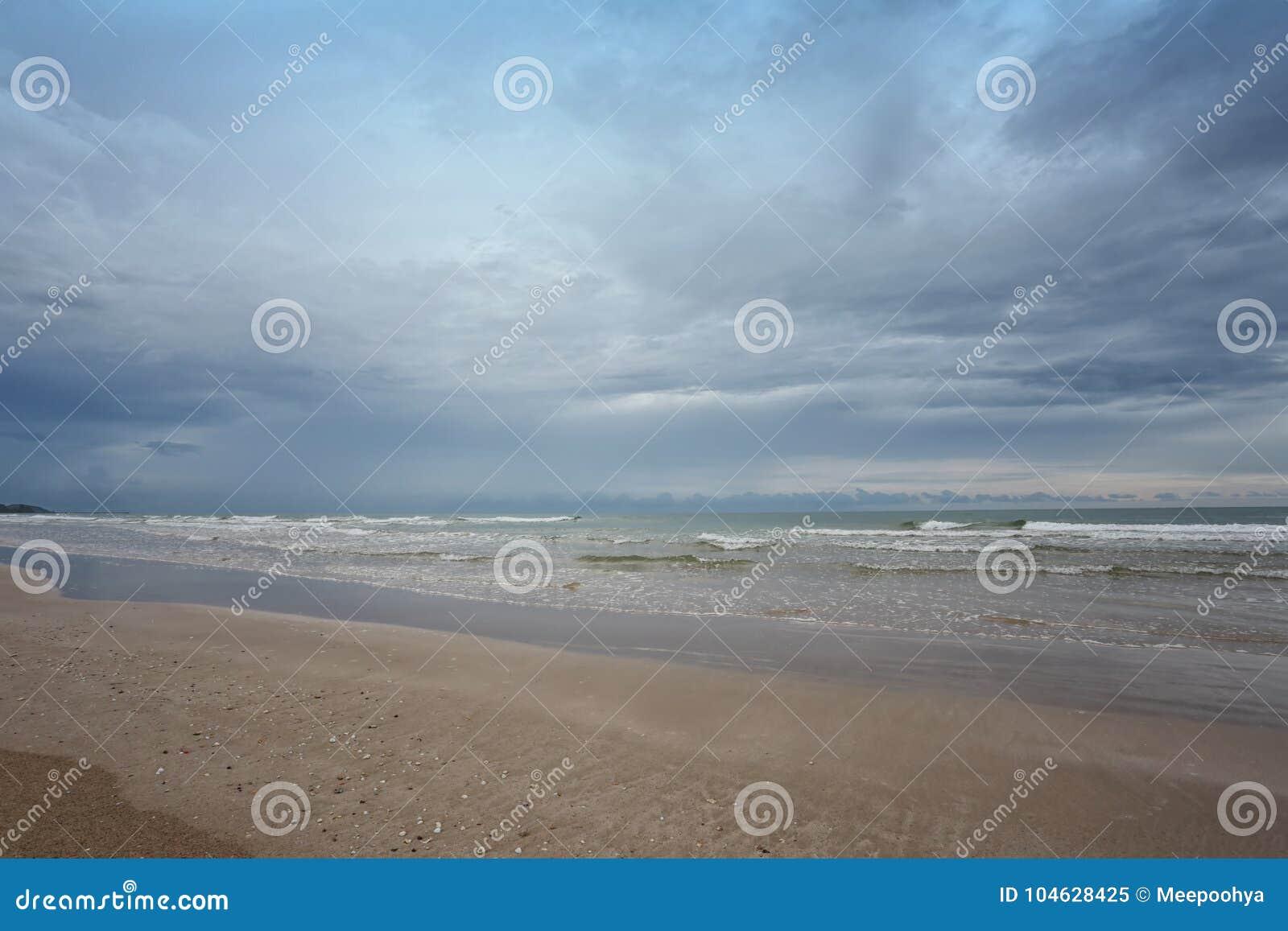 Download Chao Lao Beach, Het Strand In Chanthaburi-provincie Stock Afbeelding - Afbeelding bestaande uit oceaan, mooi: 104628425