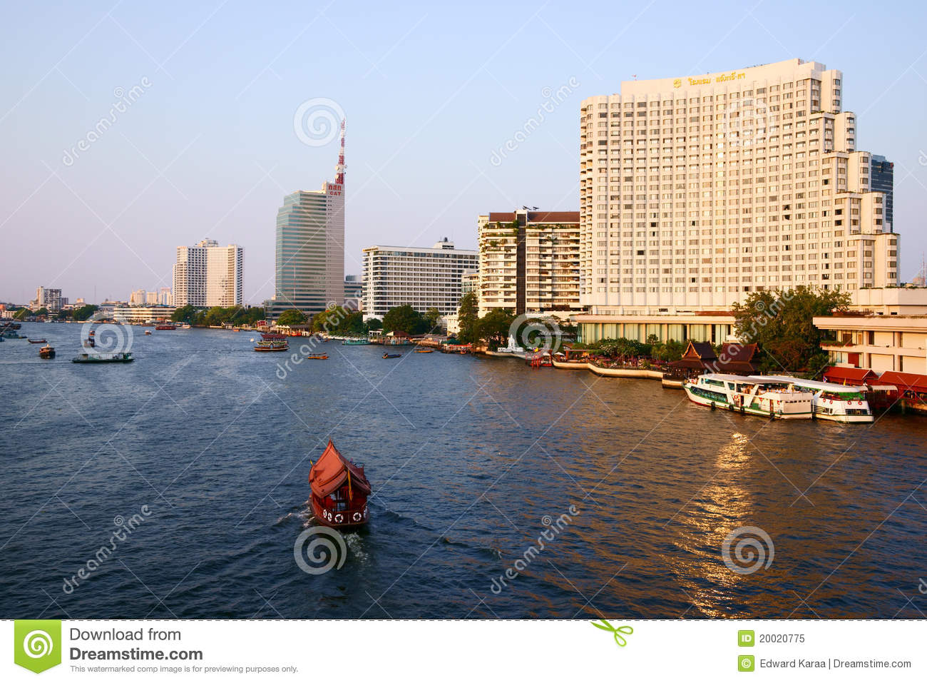 Hotels Near Chao Phraya River