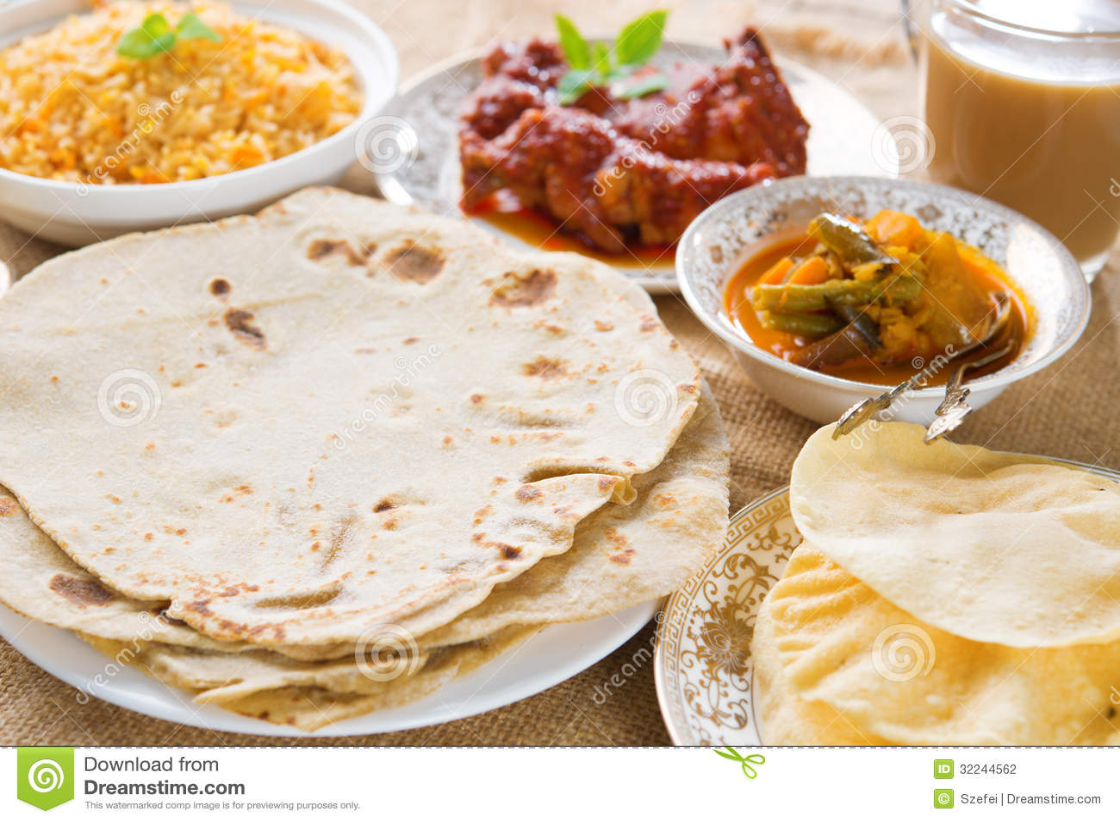 Chapatti roti ή επίπεδο ψωμί