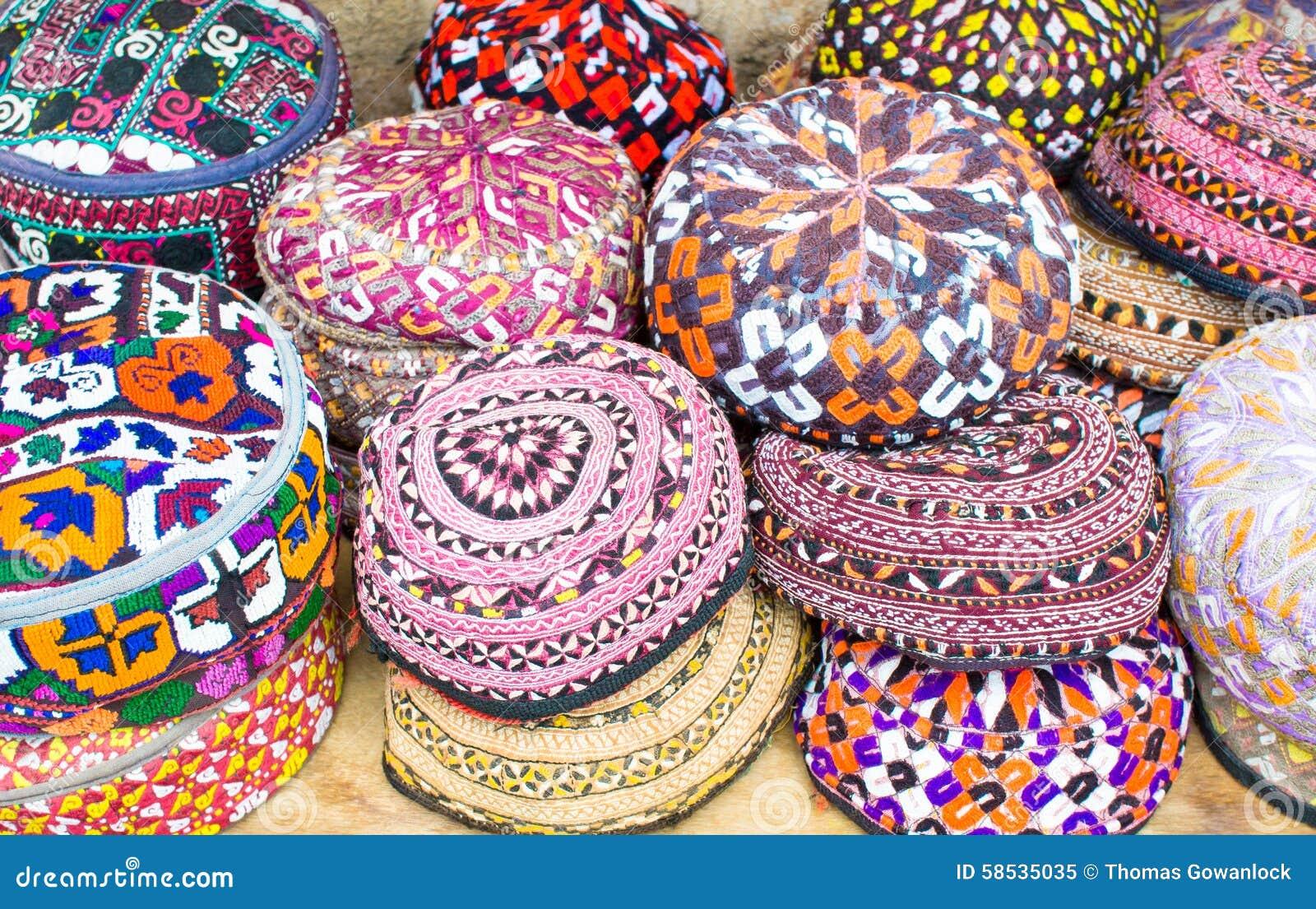 Chapeaux colorés