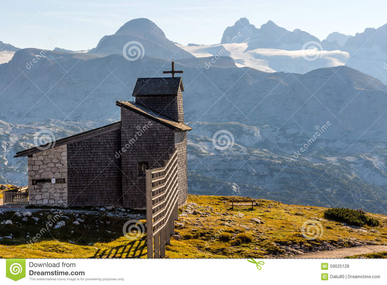 Chapel at the Dachstein on the path to the Five Fingers viewing platform