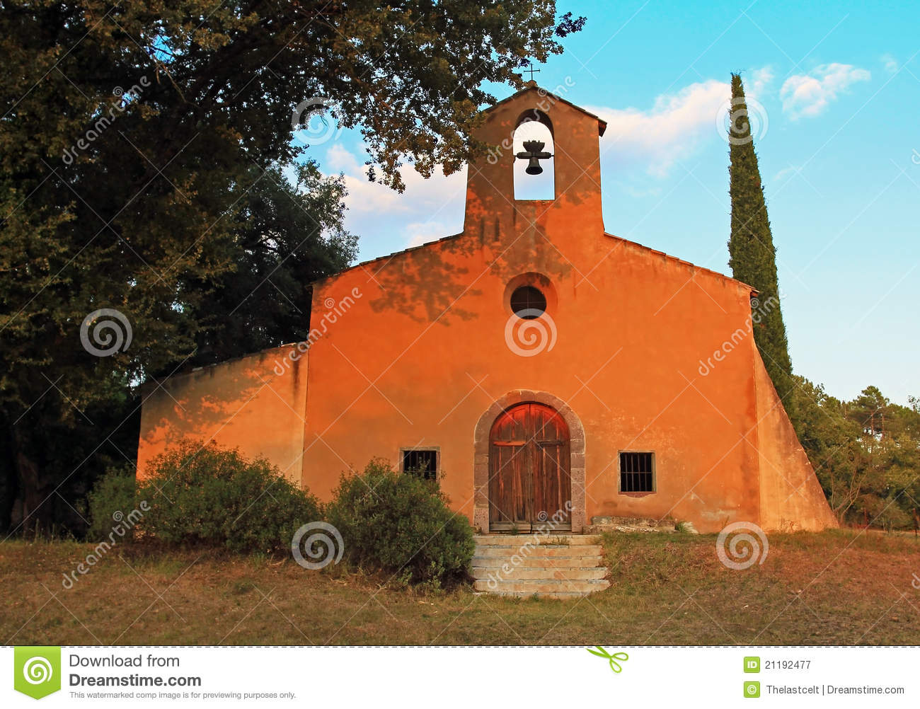 Chapel Saint Denis, evening sun, Bagnols-en-foret