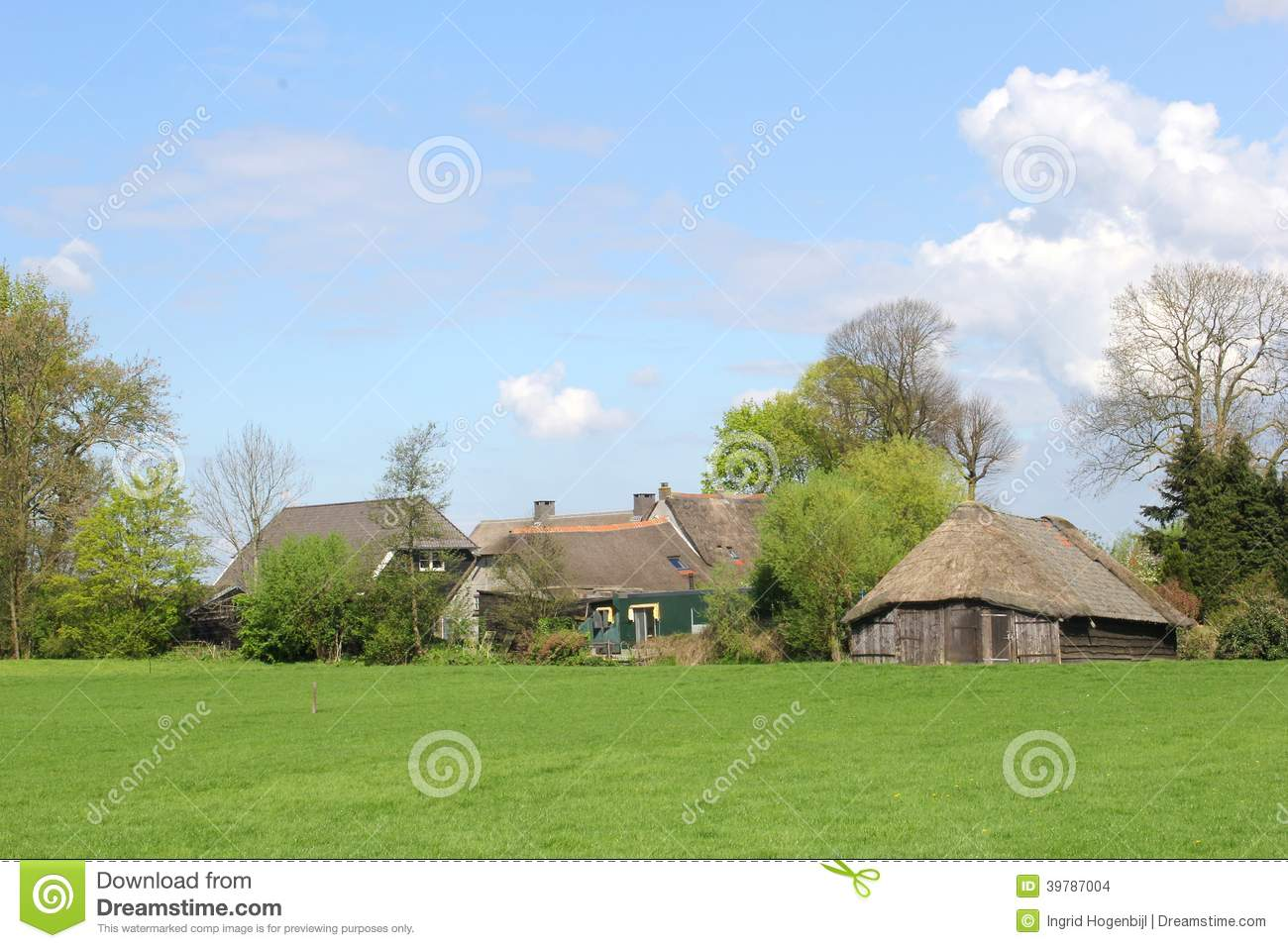 Characteristic dutch farm and sheep fold eempolder soest for Farm house netherlands
