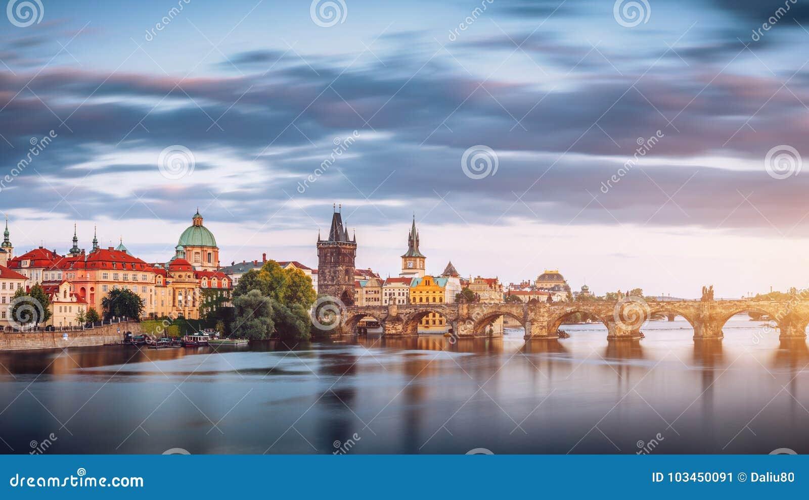 Charles Bridge Karluv Most e Lesser Town Tower, Praga in Unione Sovietica