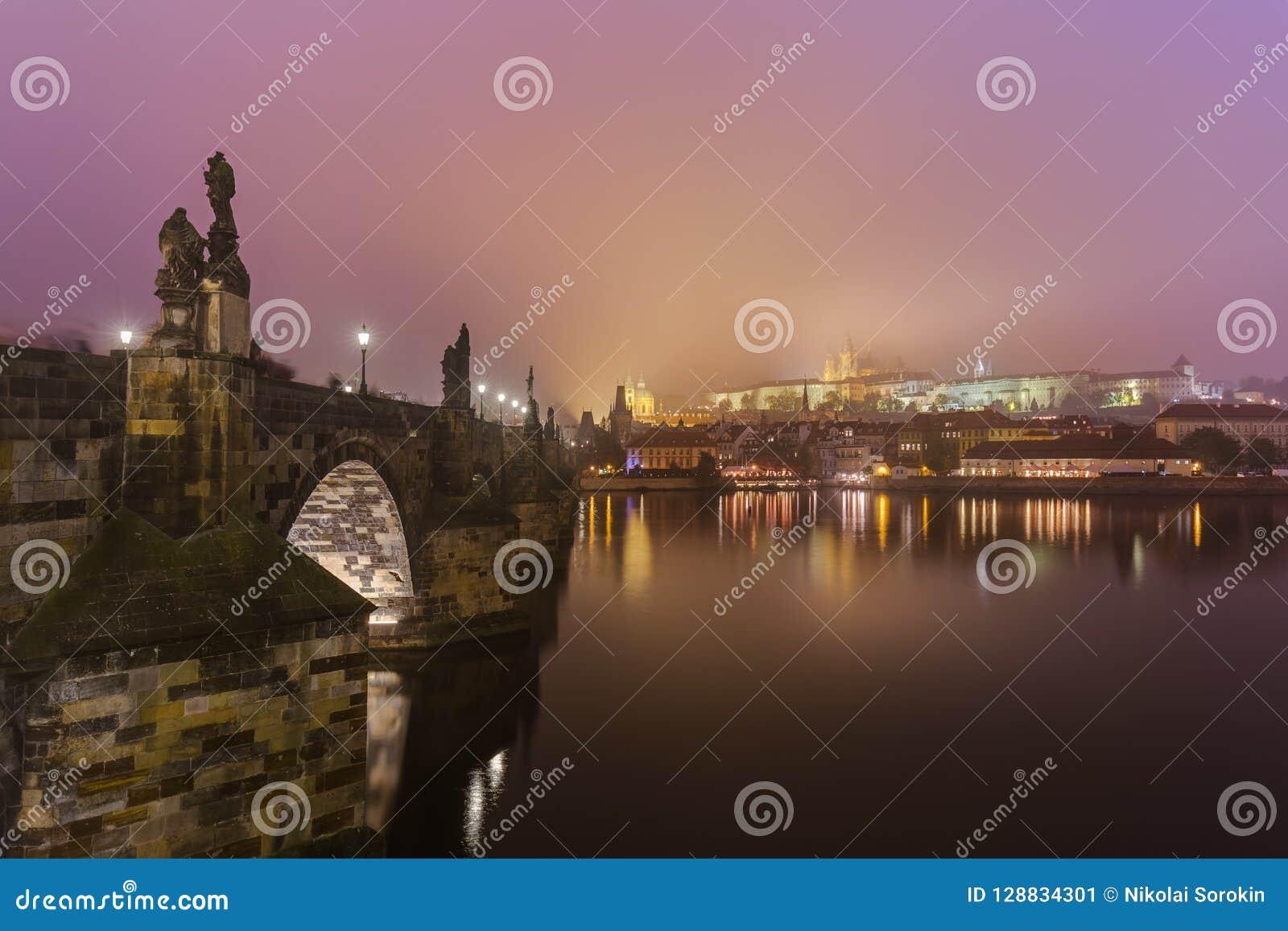 Charles-brug in Praag - Tsjechische Republiek