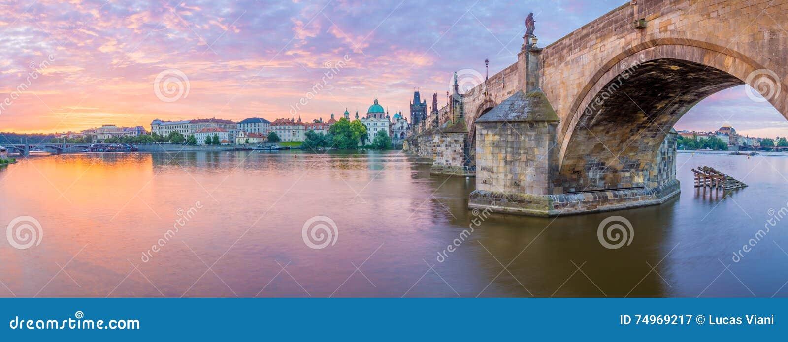 Charles most Praga