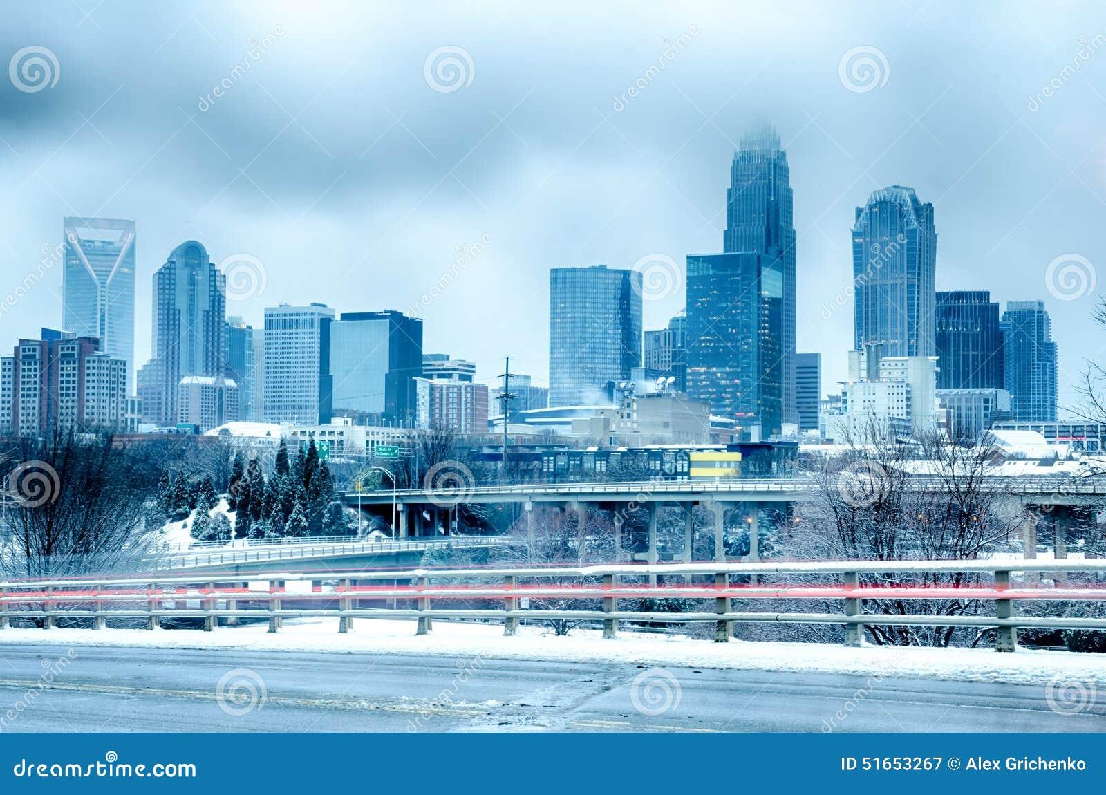Charlotte Carolina północny miasto po śnieżycy i lód padamy