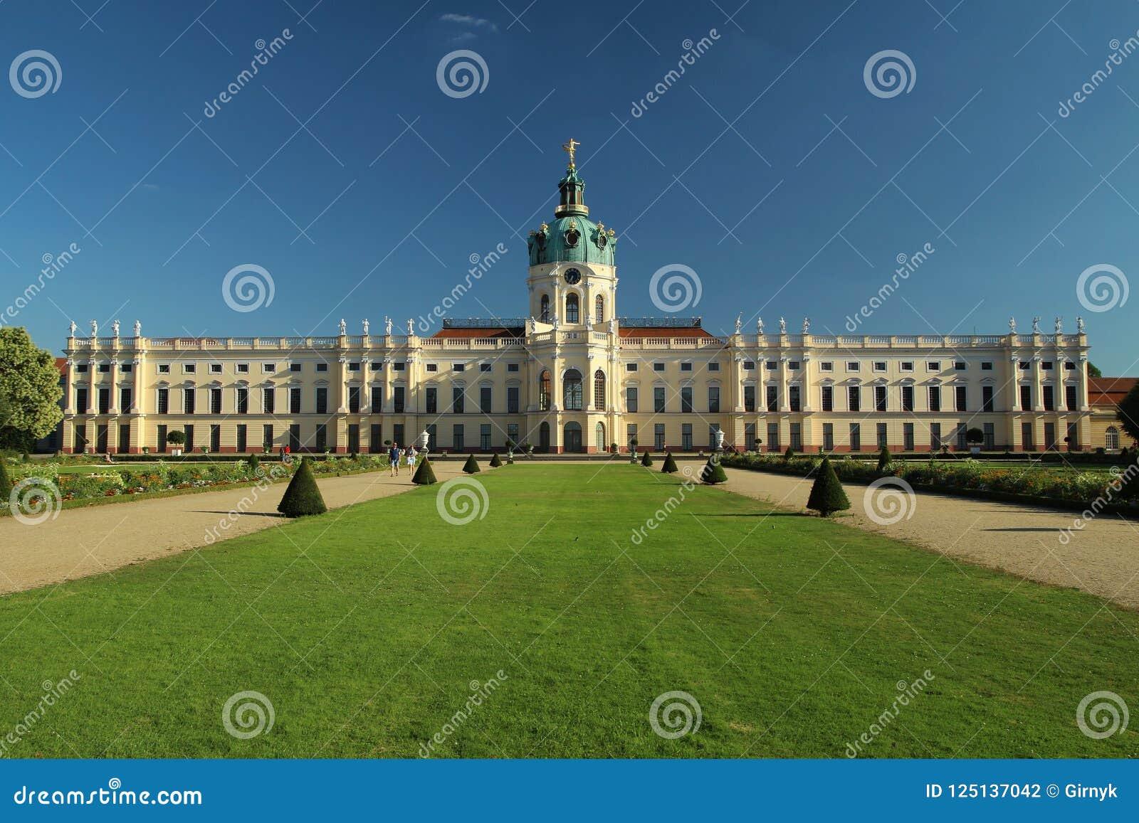 Charlottenburg Palace In Berlin-Charlottenburg ...