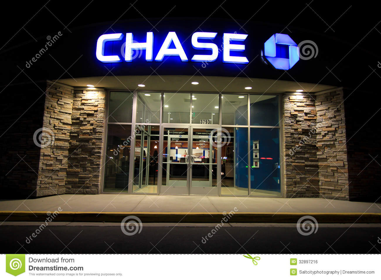 Chase Bank Hours – Additional Details