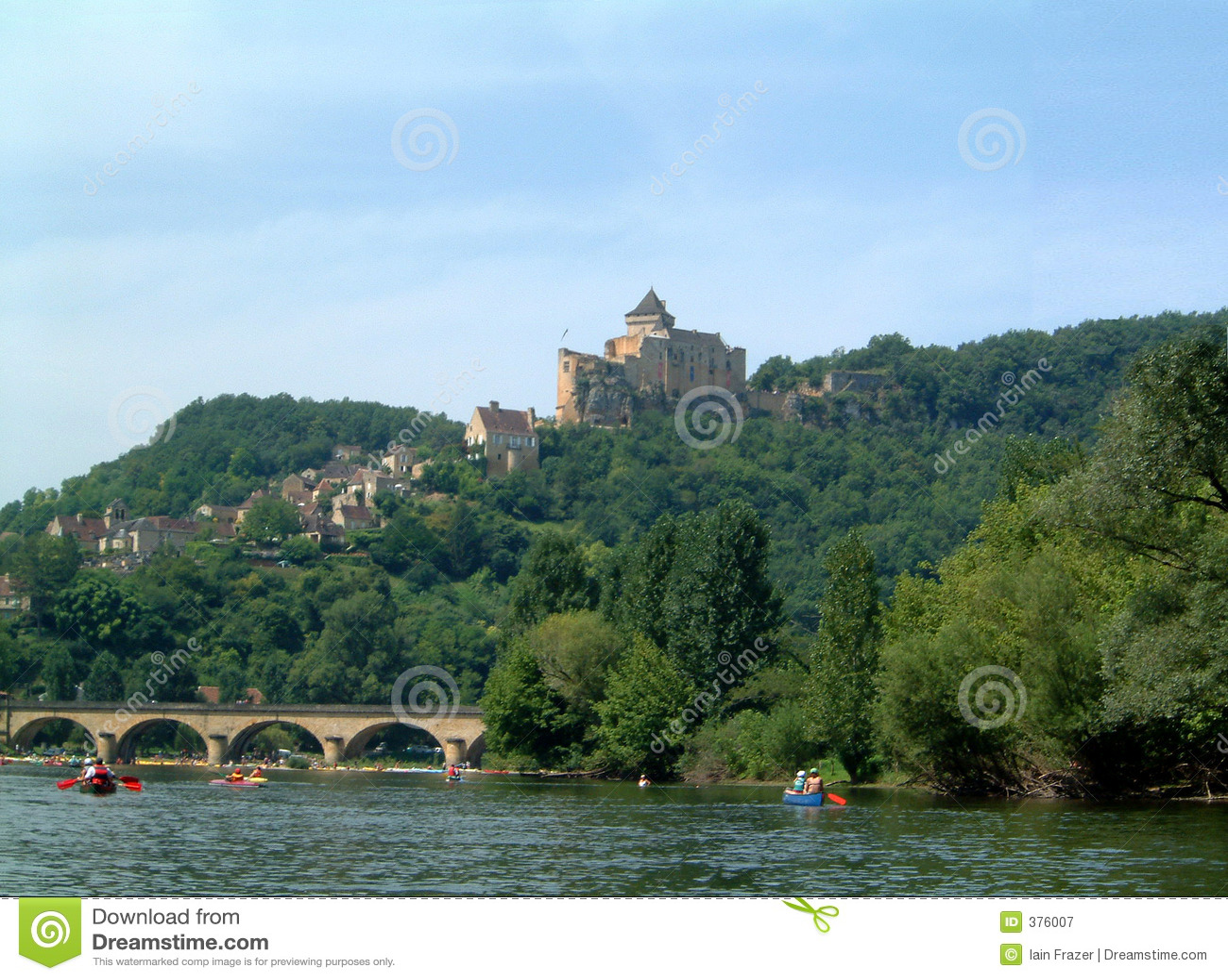 Chateau über Dordogne