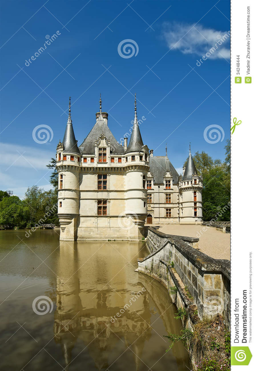 chateau azay le rideau was built from 1515 to 1527. Black Bedroom Furniture Sets. Home Design Ideas